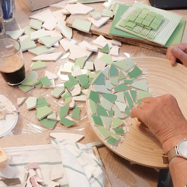 mozaiek-tegel-workshop-uitje-groningen-deventer-creatief-vrijgezellenfeestje-urbanheart